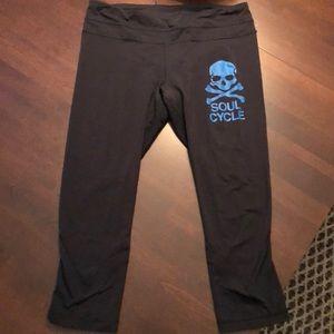 Soul Cycle x Lululemon Cropped legging - size 10